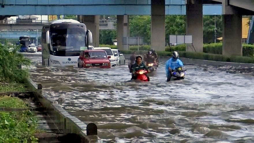 Is MOVING BANGKOK the only solution to FLOODING problem